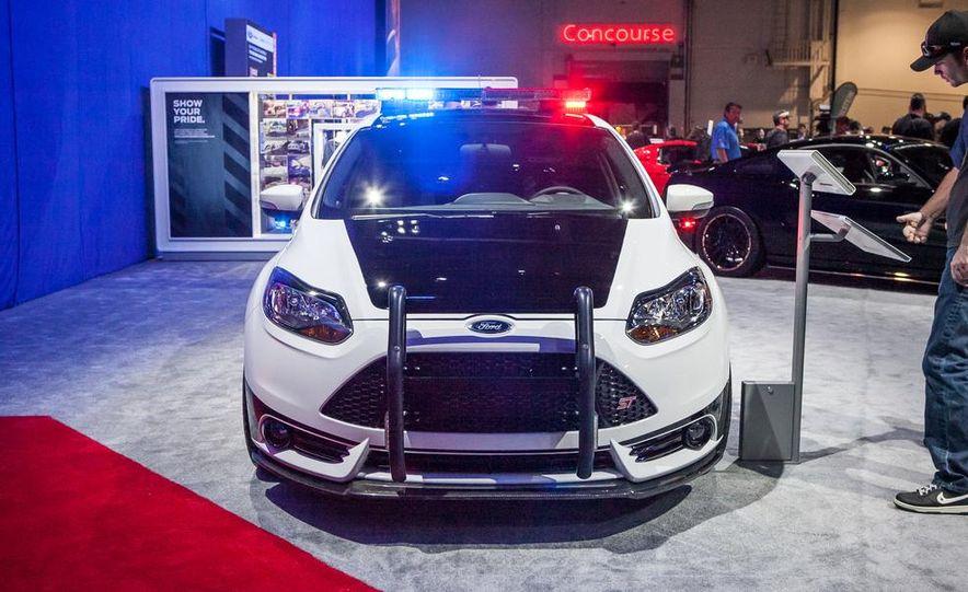 DRAGG Ford Focus ST - Slide 1
