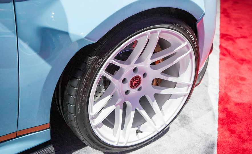 DRAGG Ford Focus ST - Slide 17