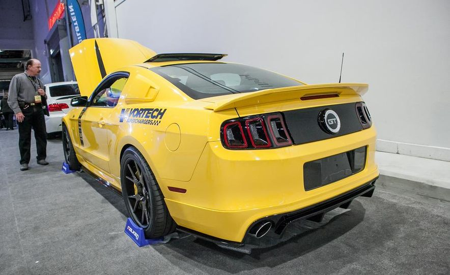 2013 Ford Mustang GT by Vortech - Slide 3
