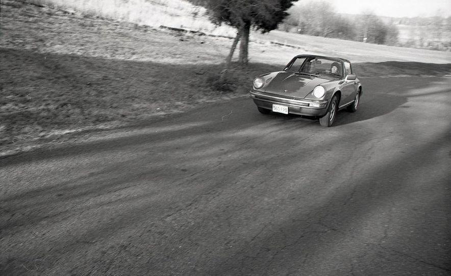 1977 Porsche 911S - Slide 1