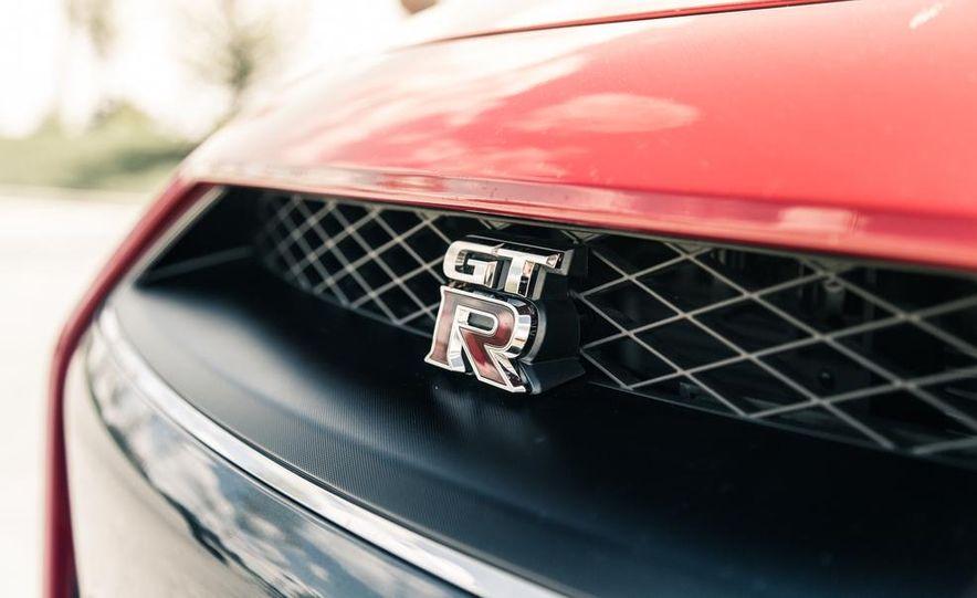 2014 Nissan GT-R Track Edition - Slide 13