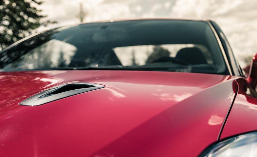 2014 Nissan GT-R Track Edition - Slide 14