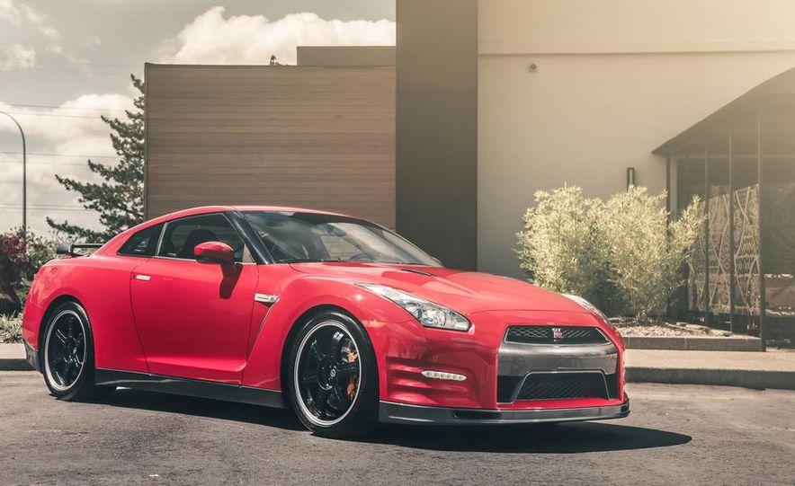 2014 Nissan GT-R Track Edition - Slide 9
