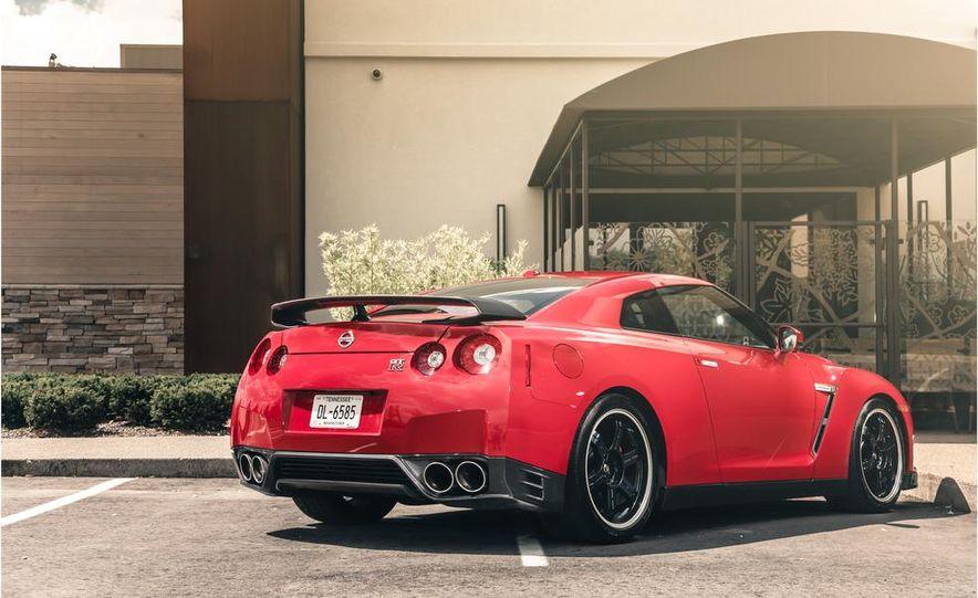 2014 Nissan GT-R Track Edition - Slide 11