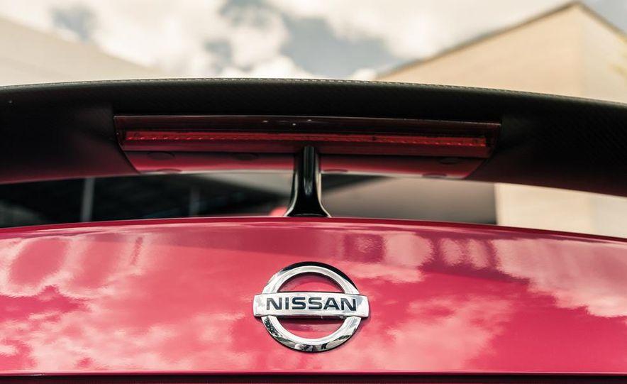 2014 Nissan GT-R Track Edition - Slide 24