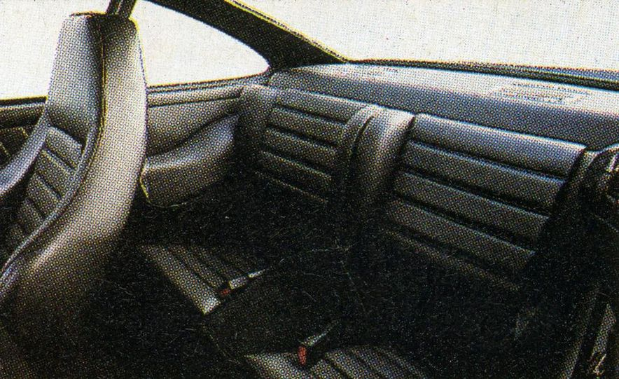 1984 Porsche 911 Carrera - Slide 10