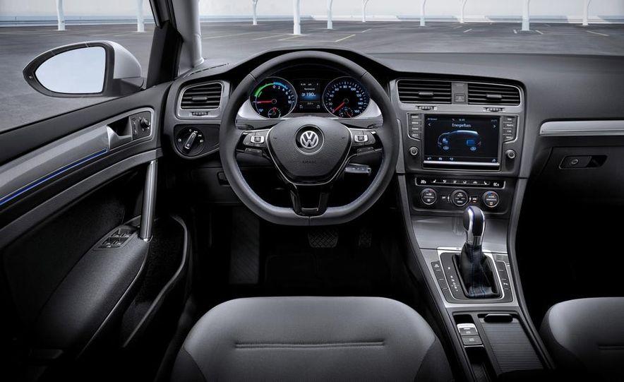 2015 Volkswagen e-Golf - Slide 13
