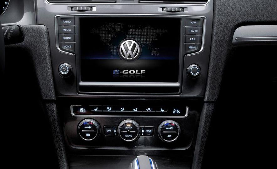 2015 Volkswagen e-Golf - Slide 14