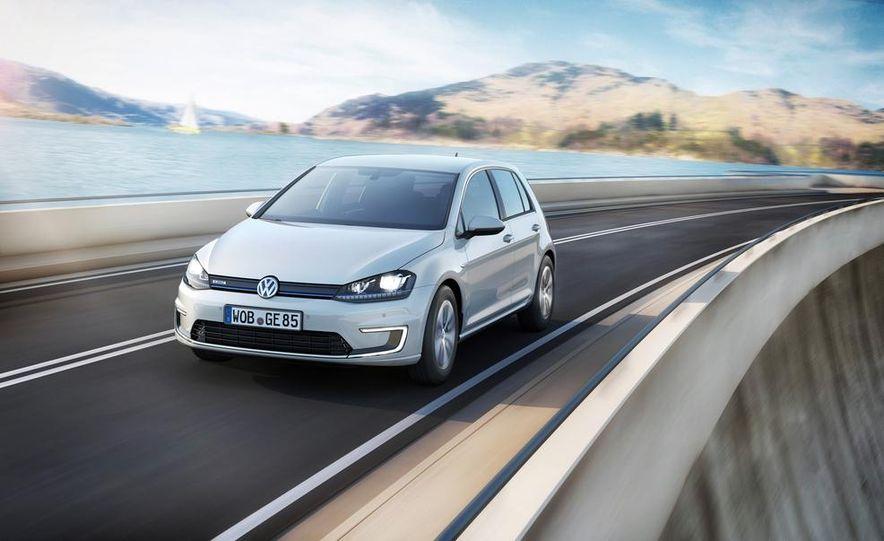2015 Volkswagen e-Golf - Slide 1