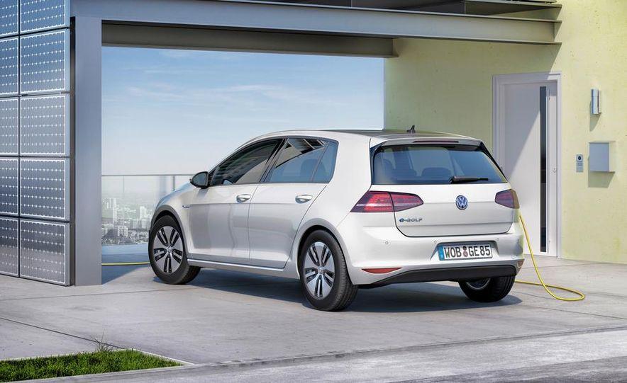 2015 Volkswagen e-Golf - Slide 10