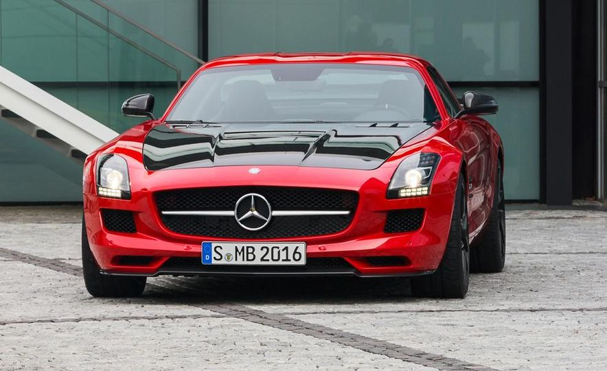 2015 Mercedes-Benz SLS AMG GT Final Edition - Slide 15