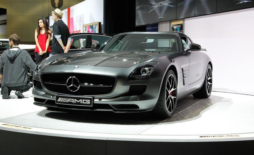 2015 Mercedes-Benz SLS AMG GT Final Edition - Slide 3