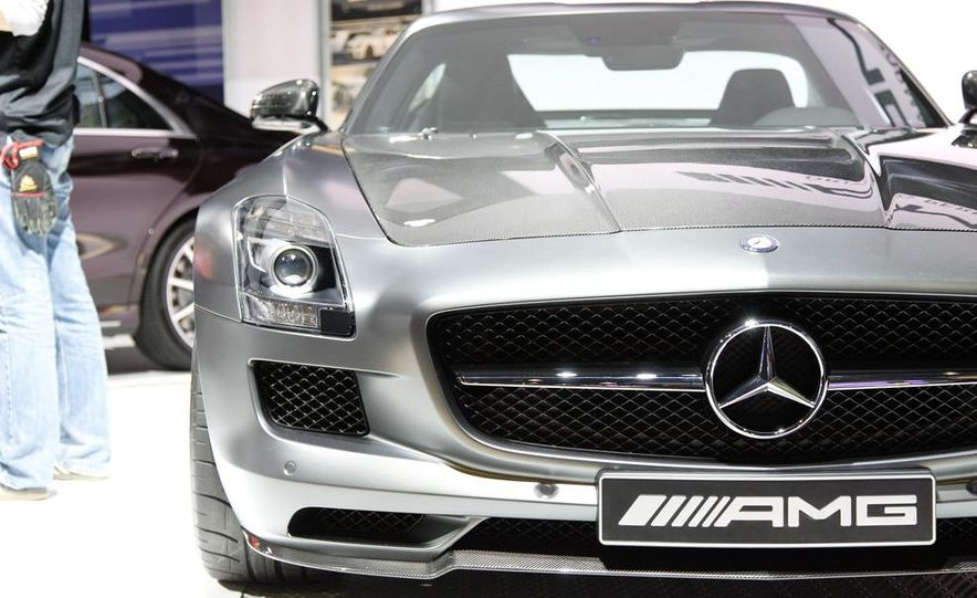 2015 Mercedes-Benz SLS AMG GT Final Edition - Slide 6