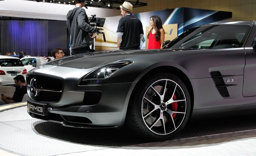 2015 Mercedes-Benz SLS AMG GT Final Edition - Slide 7