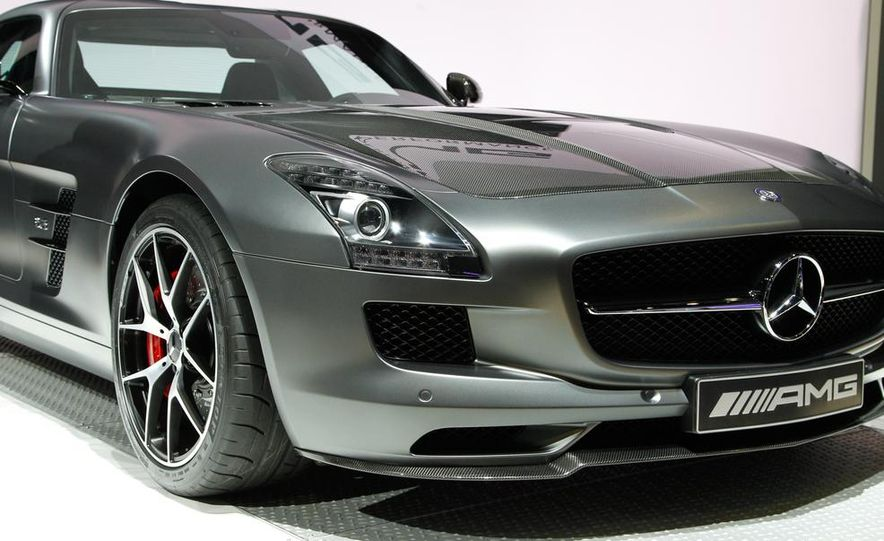 2015 Mercedes-Benz SLS AMG GT Final Edition - Slide 11