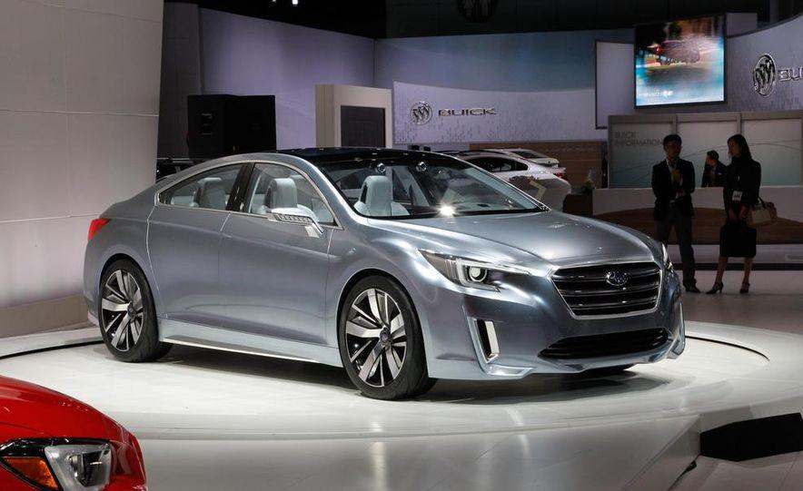 Subaru Legacy concept - Slide 1