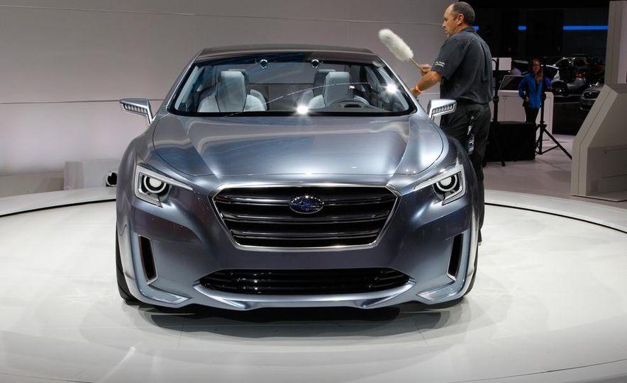 Subaru Legacy concept - Slide 4
