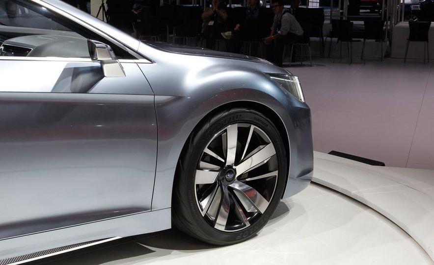 Subaru Legacy concept - Slide 12