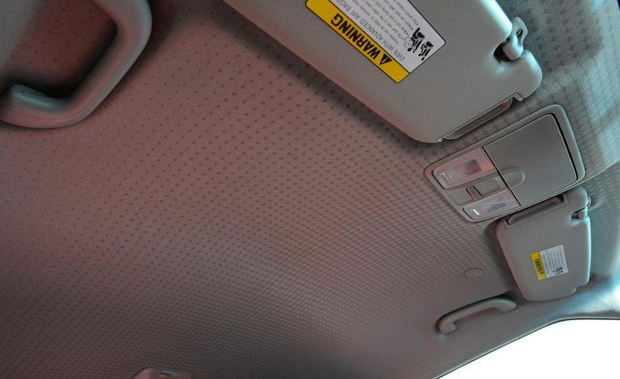 2014 Hyundai Veloster Turbo R-spec - Slide 40
