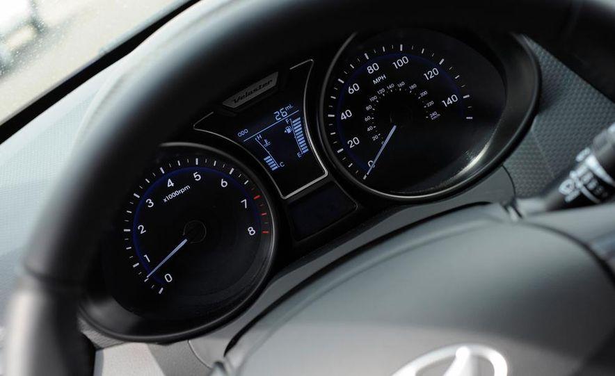 2014 Hyundai Veloster Turbo R-spec - Slide 39