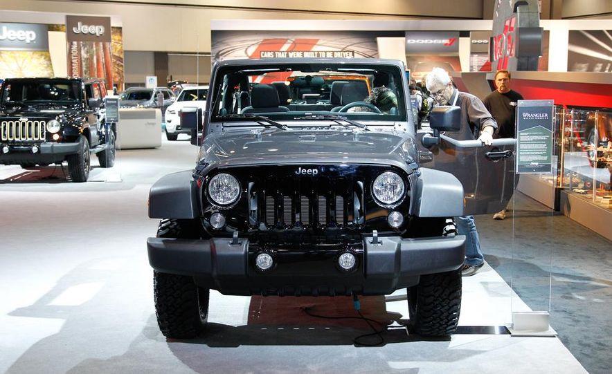 2014 Jeep Wrangler Willys Wheeler Edition - Slide 1