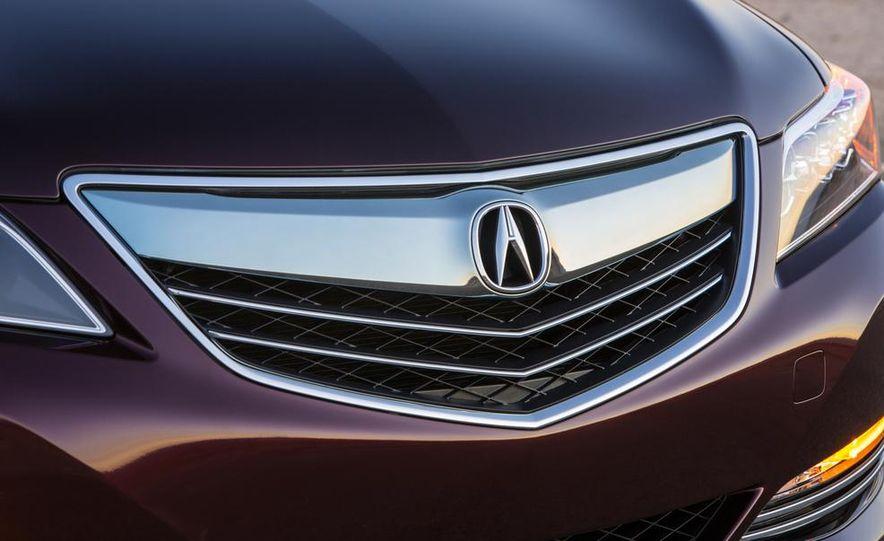2014 Acura RLX Sport SH-AWD hybrid - Slide 15