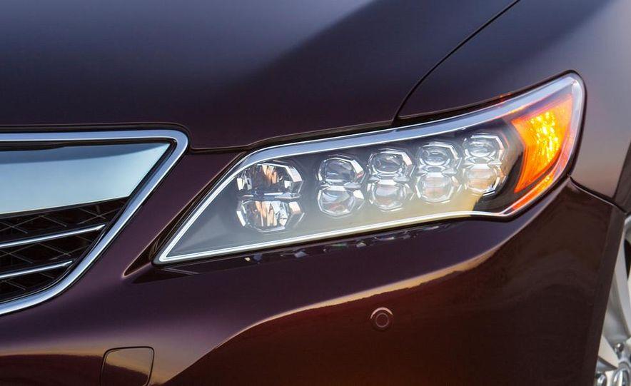 2014 Acura RLX Sport SH-AWD hybrid - Slide 16