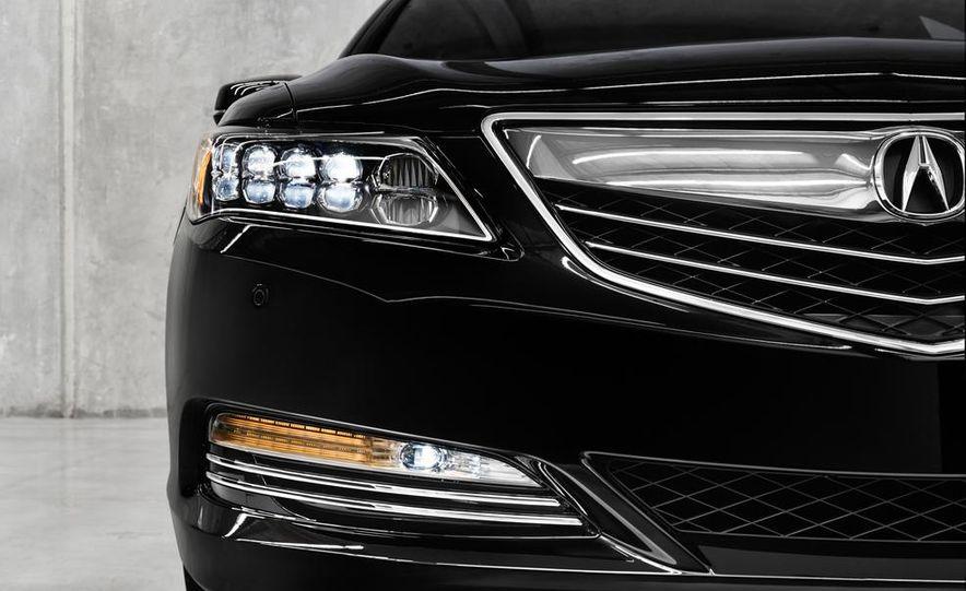 2014 Acura RLX Sport SH-AWD hybrid - Slide 25