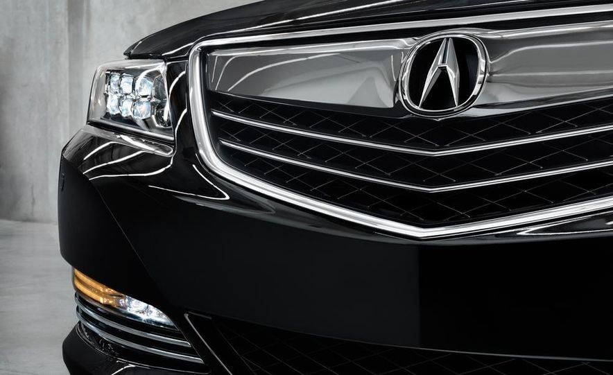 2014 Acura RLX Sport SH-AWD hybrid - Slide 26