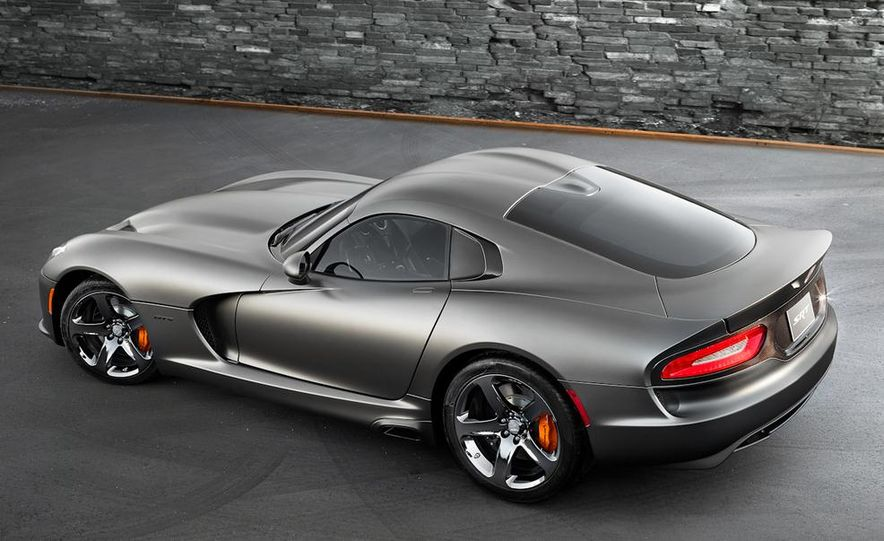 2014 SRT Viper Anodized Carbon Special Edition Package - Slide 2