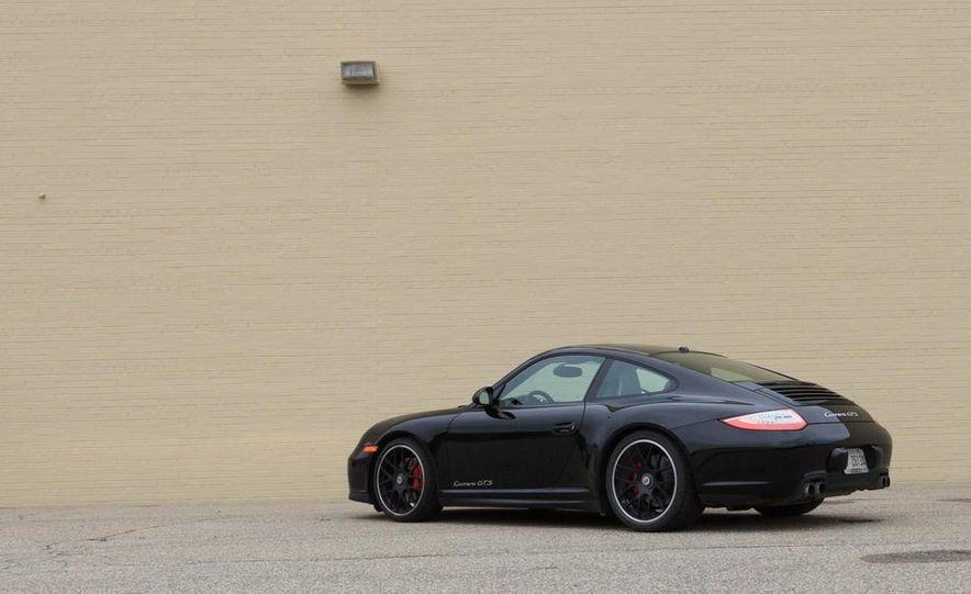 2012 Aston Martin DBS Carbon Black Edition - Slide 71