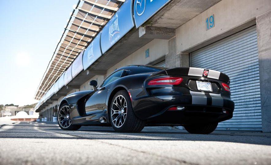 2012 Aston Martin DBS Carbon Black Edition - Slide 88