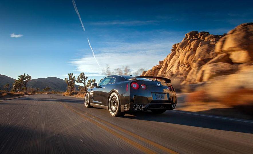 2012 Aston Martin DBS Carbon Black Edition - Slide 57