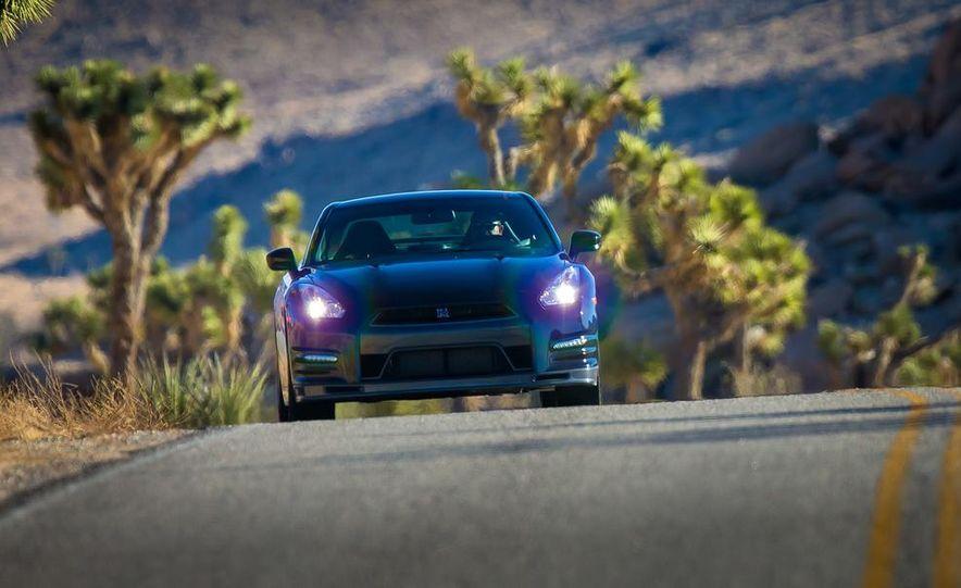 2012 Aston Martin DBS Carbon Black Edition - Slide 58