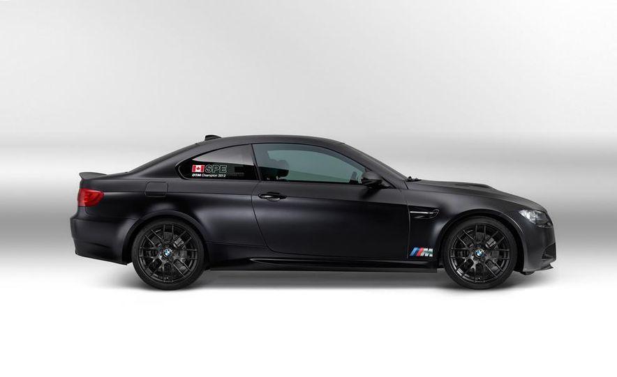 2012 Aston Martin DBS Carbon Black Edition - Slide 14