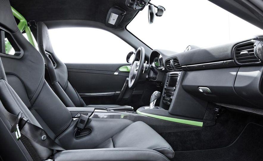 2012 Aston Martin DBS Carbon Black Edition - Slide 30