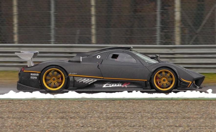 2012 Aston Martin DBS Carbon Black Edition - Slide 79