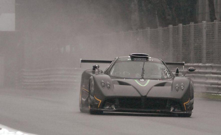 2012 Aston Martin DBS Carbon Black Edition - Slide 80