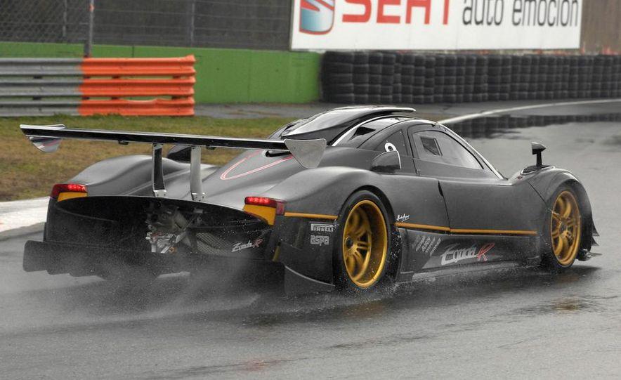 2012 Aston Martin DBS Carbon Black Edition - Slide 81