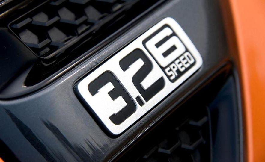 Ford Ranger Wildtrak 3.2 TDCi 4x4 - Slide 8