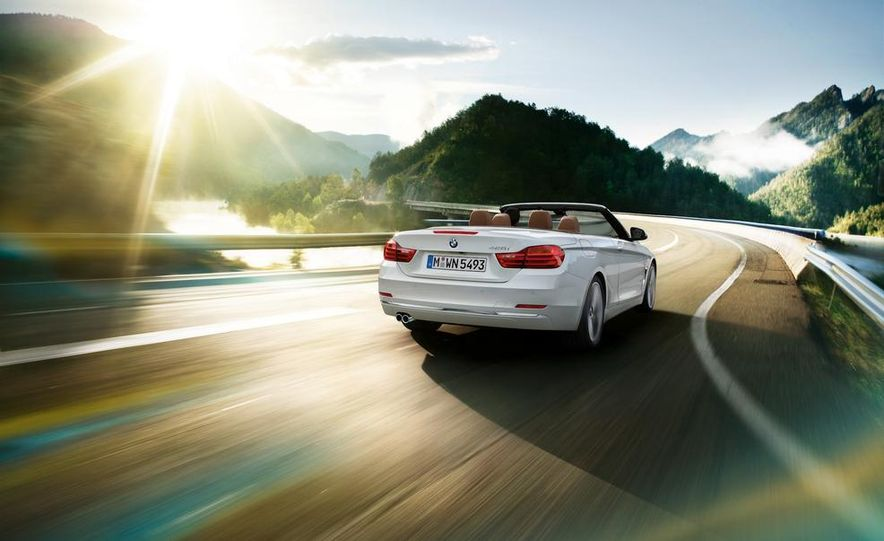 2014 BMW 428i Luxury Line convertible - Slide 4