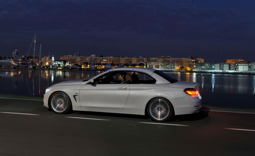 2014 BMW 428i Luxury Line convertible - Slide 6