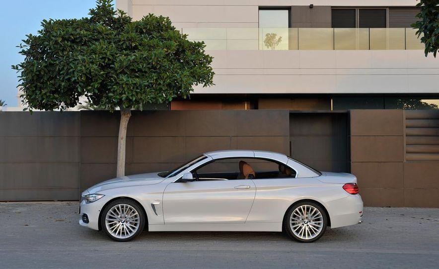 2014 BMW 428i Luxury Line convertible - Slide 13