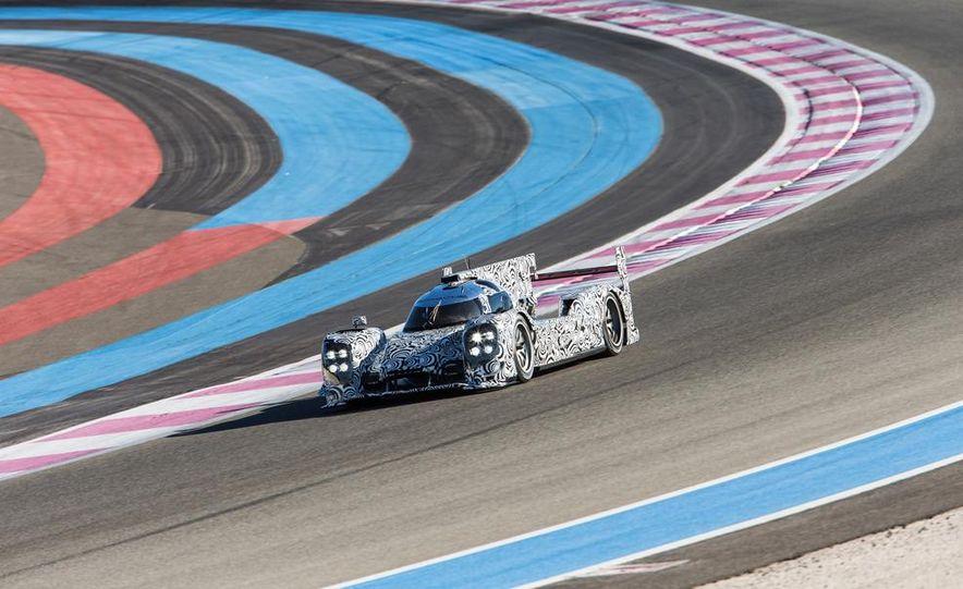 Porsche LMP1 race car - Slide 4