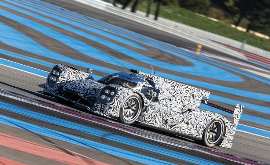 Porsche LMP1 race car - Slide 5