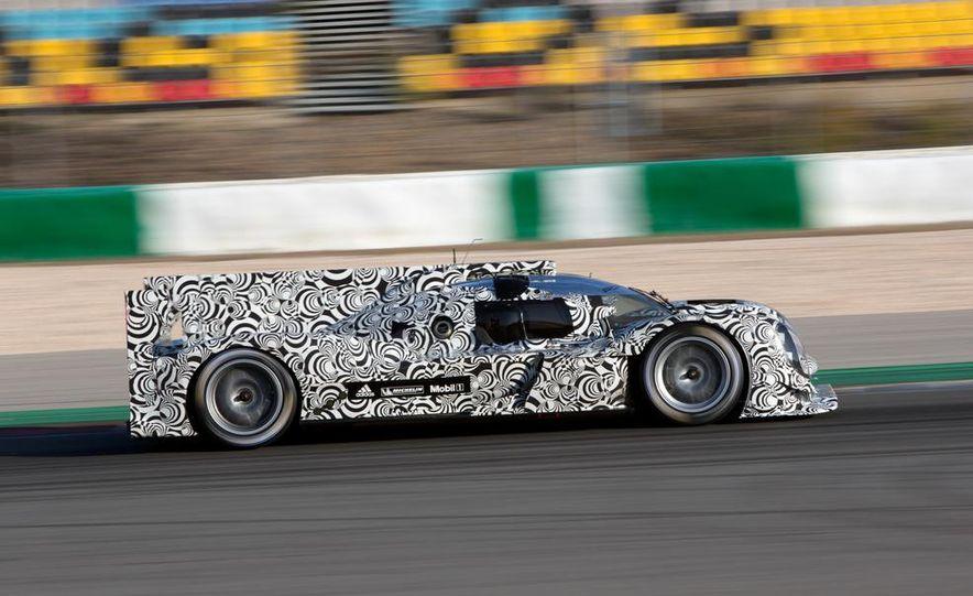 Porsche LMP1 race car - Slide 6