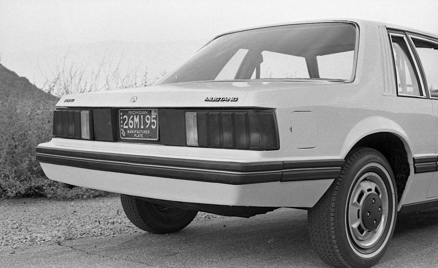 1979 Ford Mustang - Slide 6