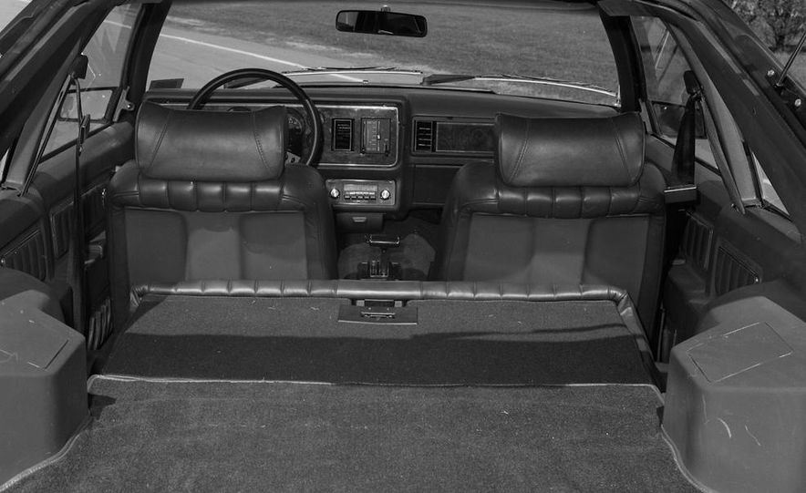 1979 Ford Mustang - Slide 25
