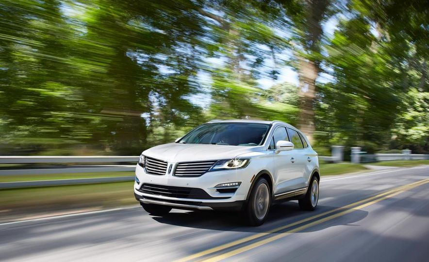 2015 Lincoln MKC 2.3L EcoBoost AWD - Slide 1