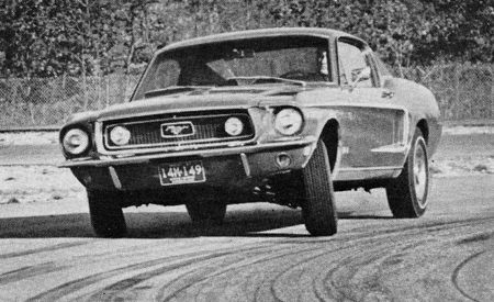 Ford Mustang 390 GT